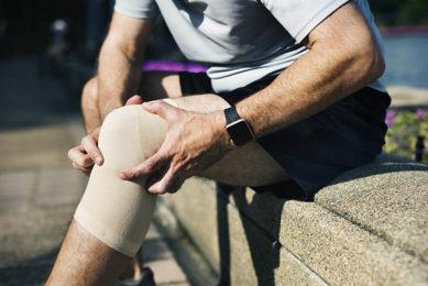 knee injury bandage